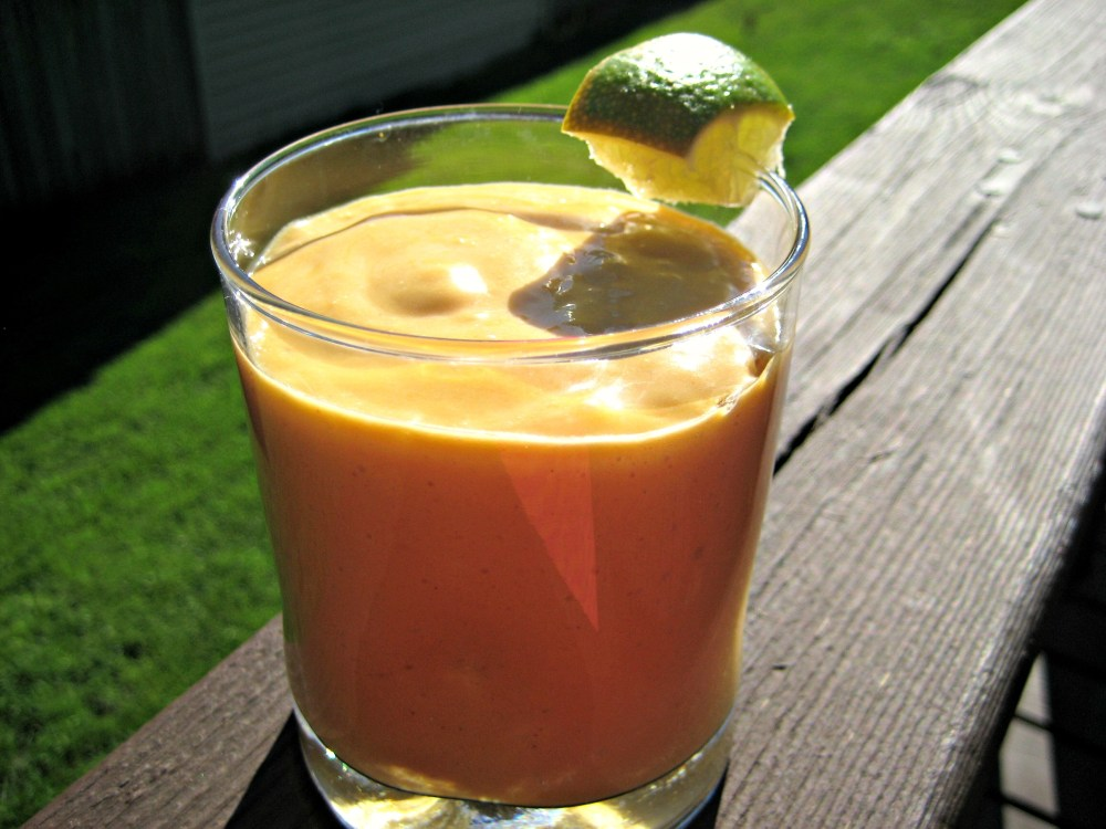 Allergen-Free Tropical Carrot Smoothie