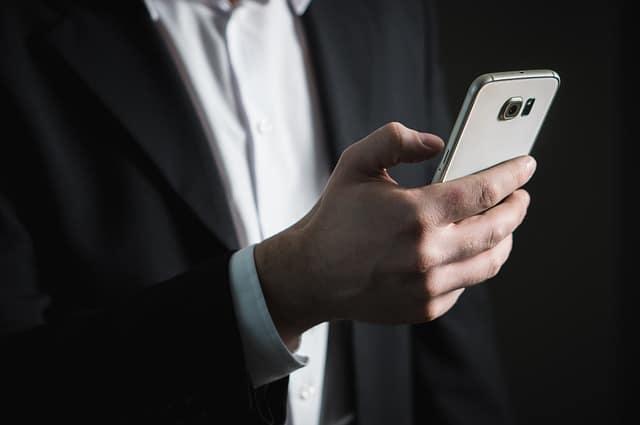 Pirater un téléphone portable à distance