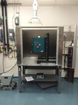 Vertical tube furnace for cold-seal MHC pressure vessels (T