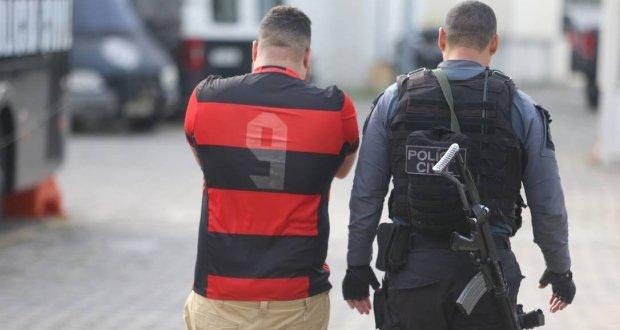 Operação contra invasão no Maracanã prende 16 pessoas e deixa uma morta