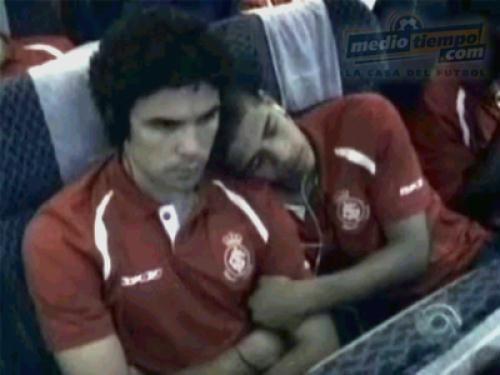 https://i0.wp.com/esporte.ig.com.br/images/465/214/12/1210380.us_bolivar_taison_ig_esporte_375_500.jpg