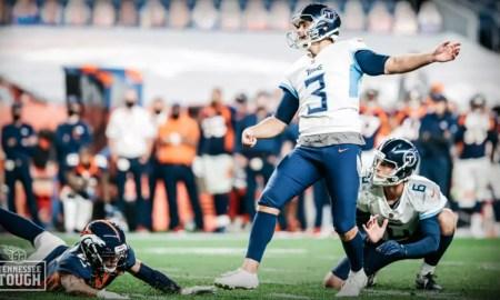 Titans x Broncos NFL