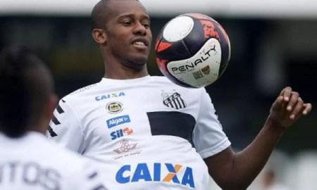 Cruzeiro aguarda reunião do Conselho santista para finalizar negociação com Copete