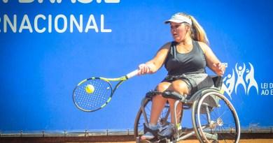 62 paratletas disputam etapa  de tênis em cadeira de rodas em São José dos Campos (SP)