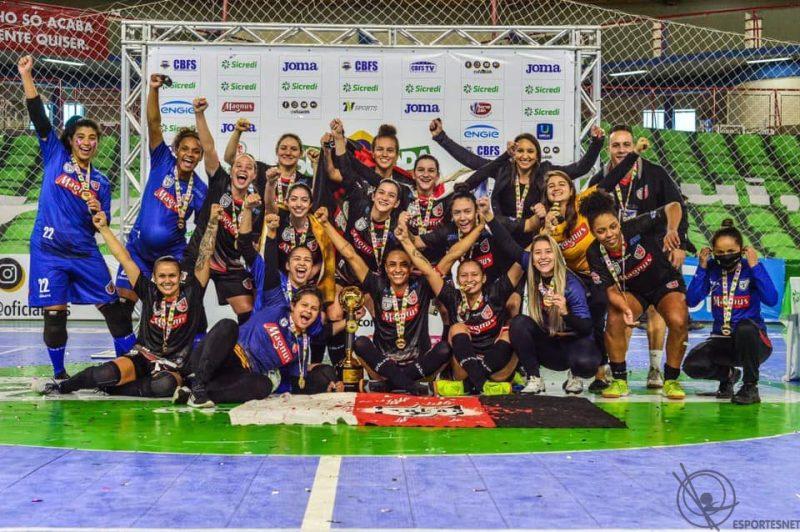 Taboão, campeã da Supercopa do Brasil de Futsal Feminino 2021