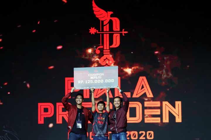 Juara MPL Fruit Dart Piala Presiden Esports 2020
