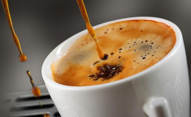Cum sa obtii un espresso perfect folosind un aparat manual