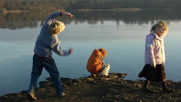 Enfants lac