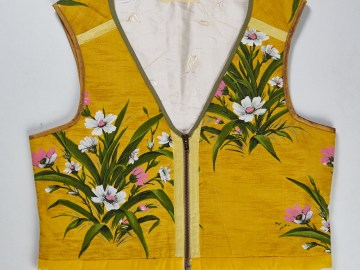 Gilet safran à fleurs