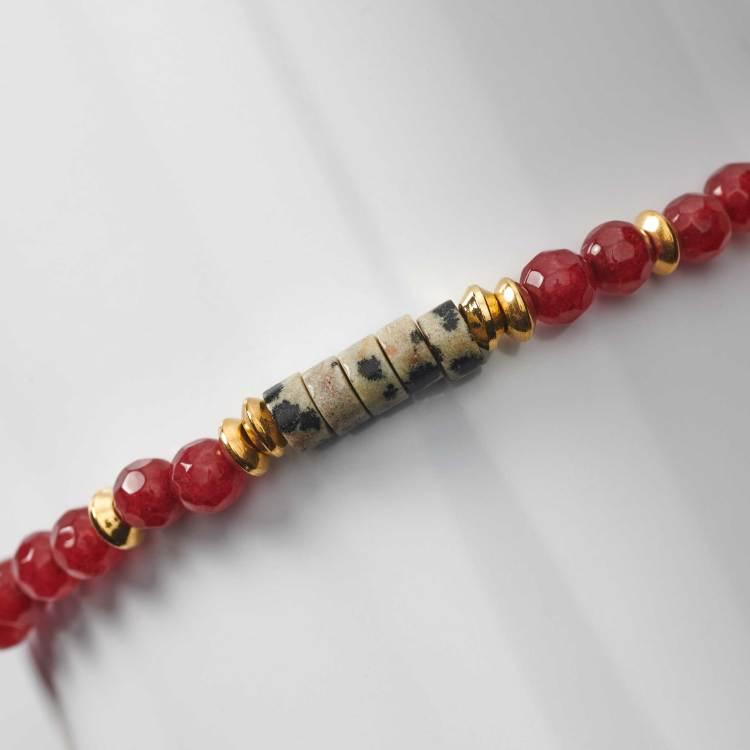 Bracelet en perles de grenat rouge et de jade