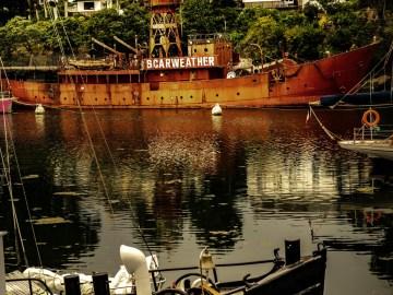 photographie Hocine Saad / Douarnenez port rhu/bateau phare/Scarweather
