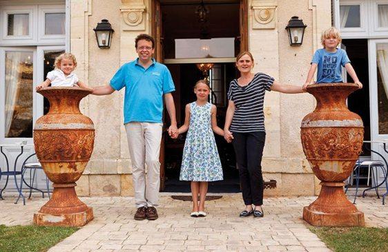 Famille-Capelle-Hotel-Edward1er-Dordogne