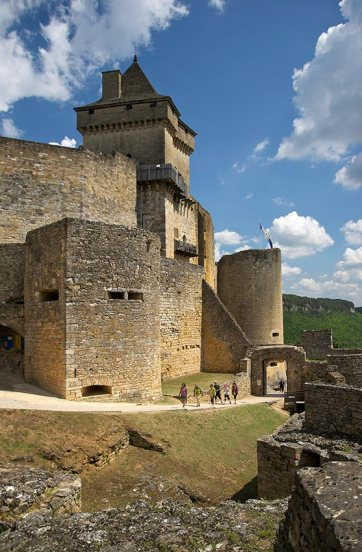 chateau-feodal-castelnaud-dordogne