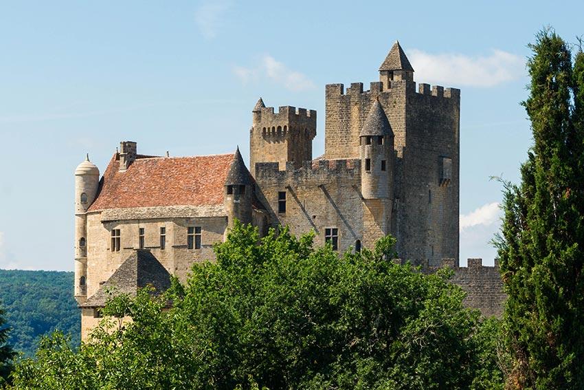 chateau-feodal-de-beynac-dordogne