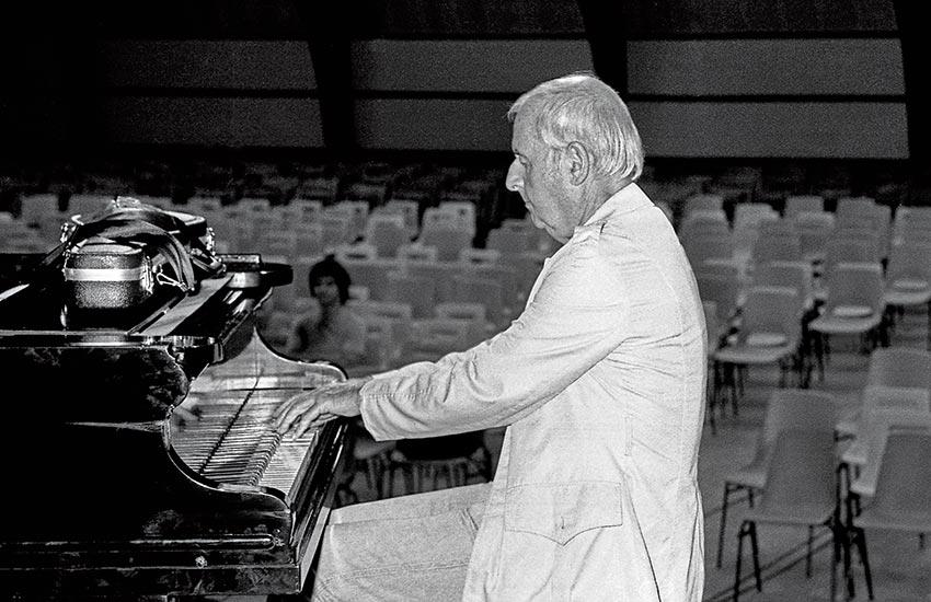 Spéphane Grappelli au piano, © Photo Lambert Wilson