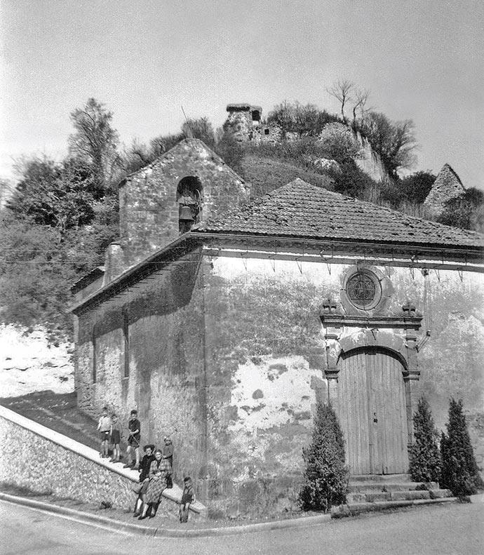 L'église et le château de Badefols, fief de SeguinIII de Badefol, photo collection Slaghuis