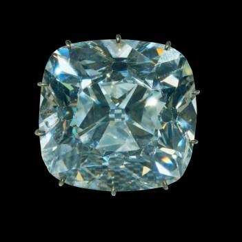 """""""Le Regent"""" Diamant de 140,64 carats Crédit Musée du Louvre"""