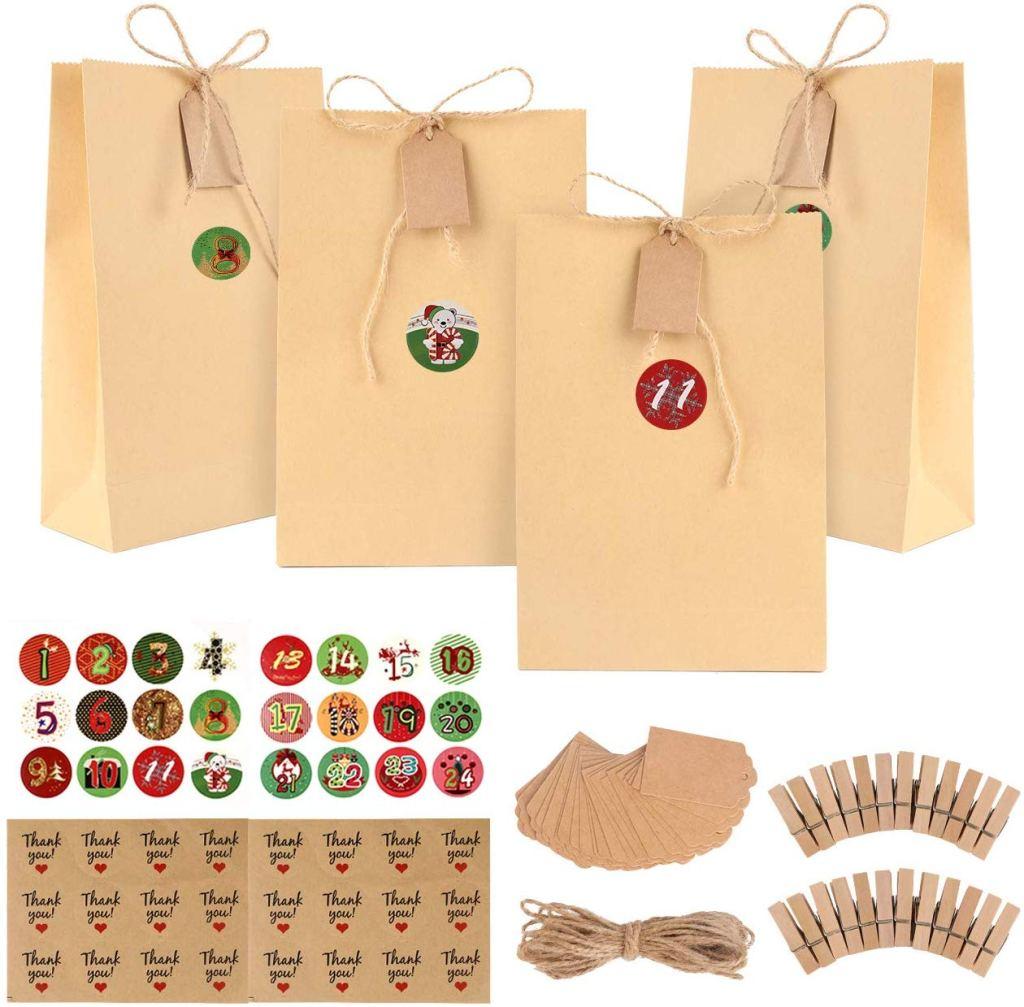 Sacs Cadeaux de Noël en Papier Kraft, 24 Gift Bags Sacs de Bonbons de Halloween et Noël avec 48 Autocollants Scellement, 24 Pinces en Bois