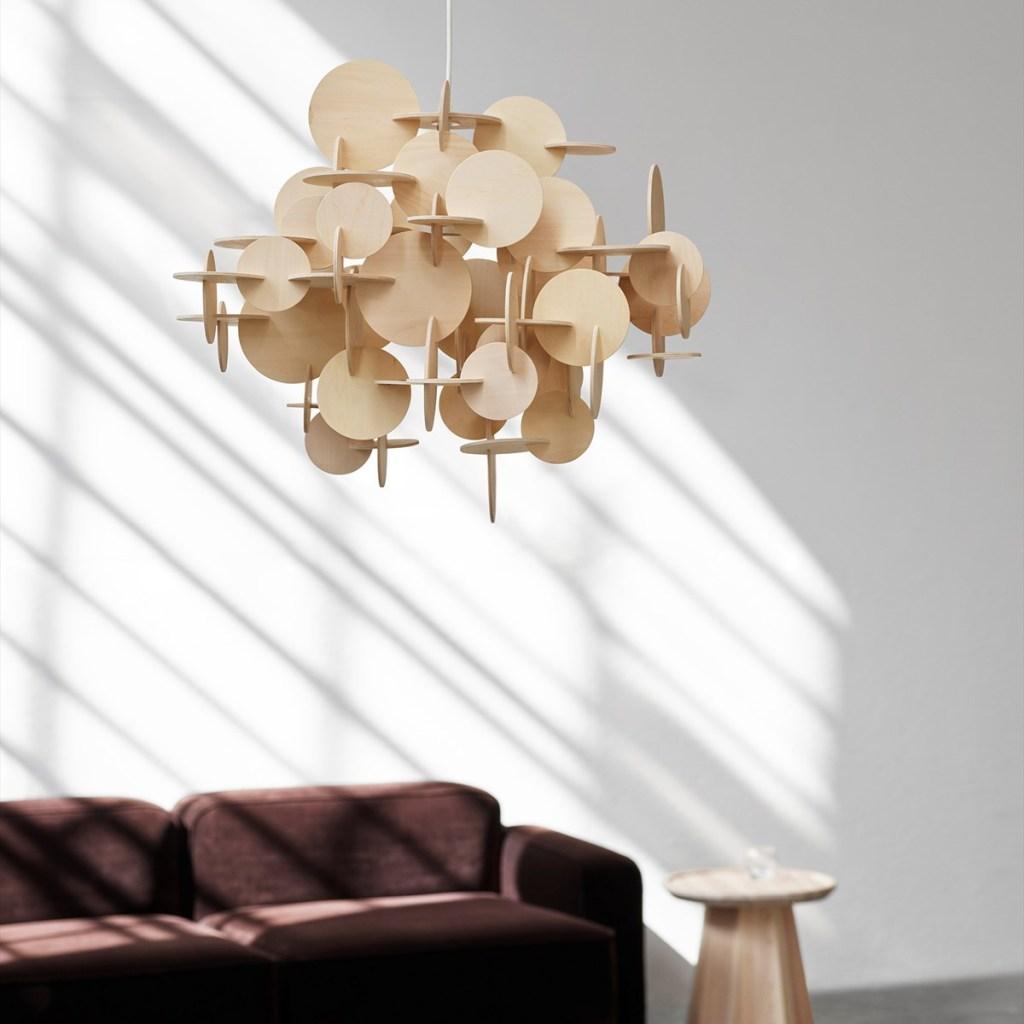 luminária pendente de design de madeira para um estilo escandinavo na sala de estar