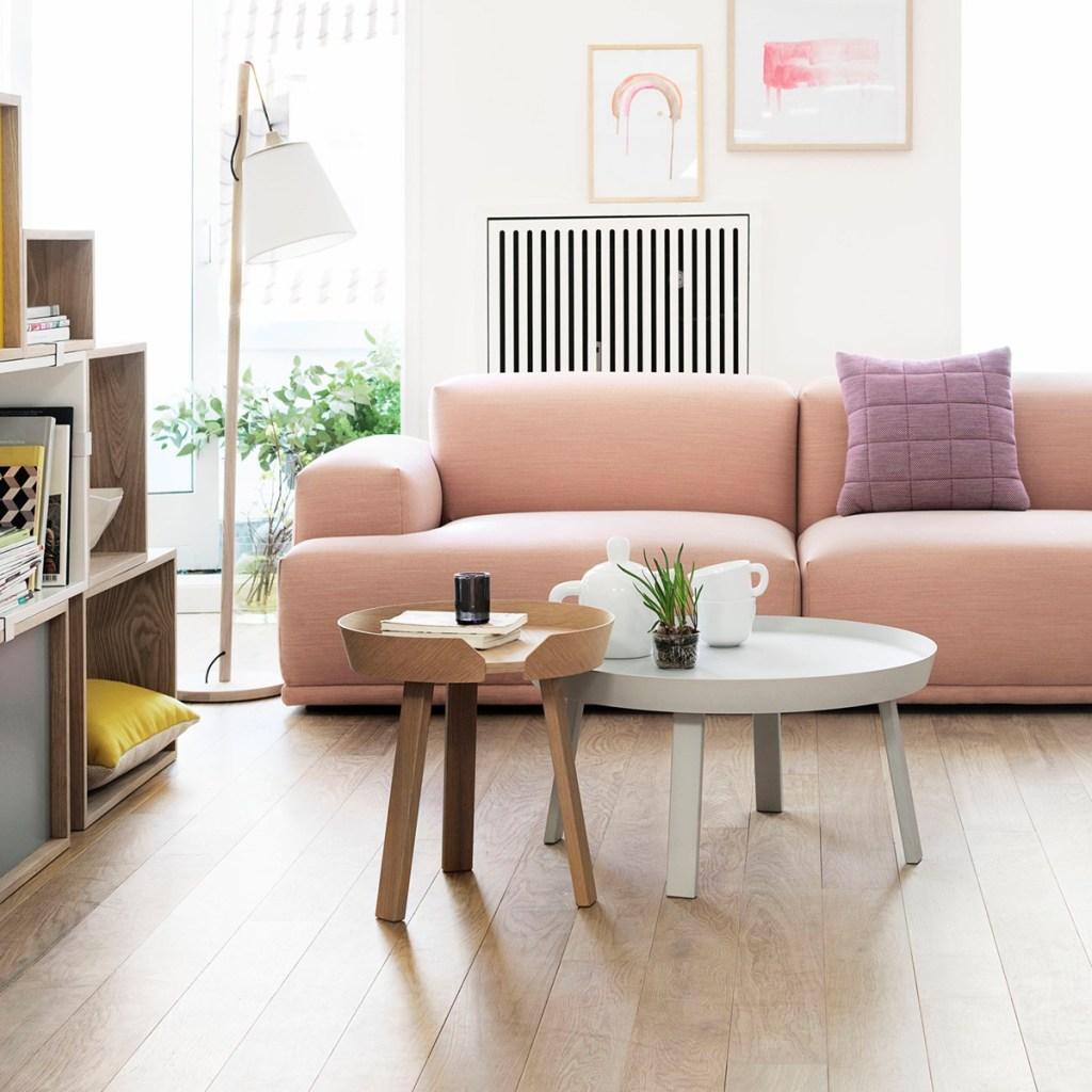 Mesa lateral pequena de estilo escandinavo para sala de estar ou quarto