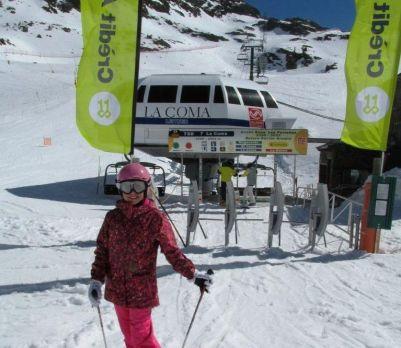Esquia Con Peques Arcalís