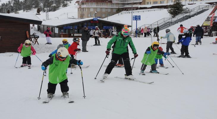 Carnaval Esquia con Peques Niños Peques Nieve Familia 2017 2018