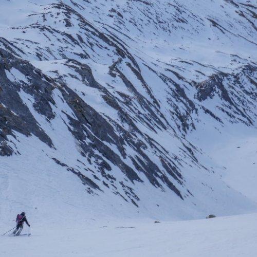 Tendeñera con esquís
