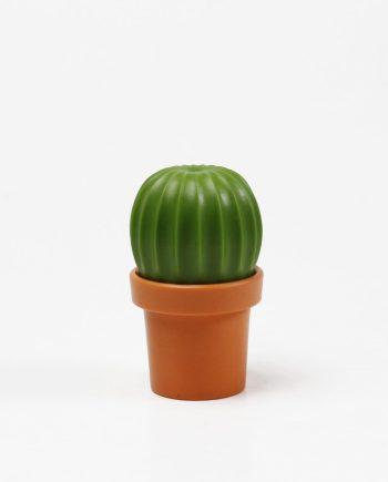 moinho para sal em forma de cacto laranja e verde