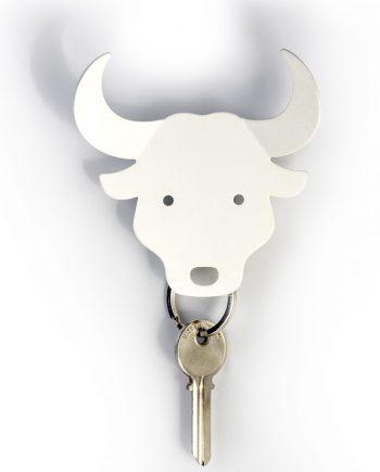 cabide de parede em forma de touro branco