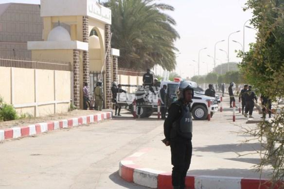 """قصر العدل أثناء استقباله للمشمولين ب""""ملف العشرية""""- المصدر (الصحراء)"""