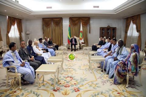 مكتب اتحاد الأدباء في ضيافة الرئيس محمد ولد الغزواني - المصدر (وما)