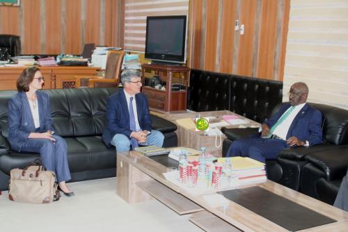 مندوب الاتحاد الأوروبي في انواكشوط يلتقي وزير الداخلية ـ (المصدر: وما)