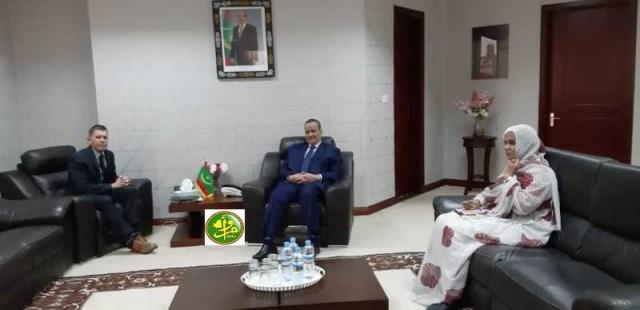 اجتماع وزير خارجية موريتانيا بالسفير الأمريكي (و م أ)