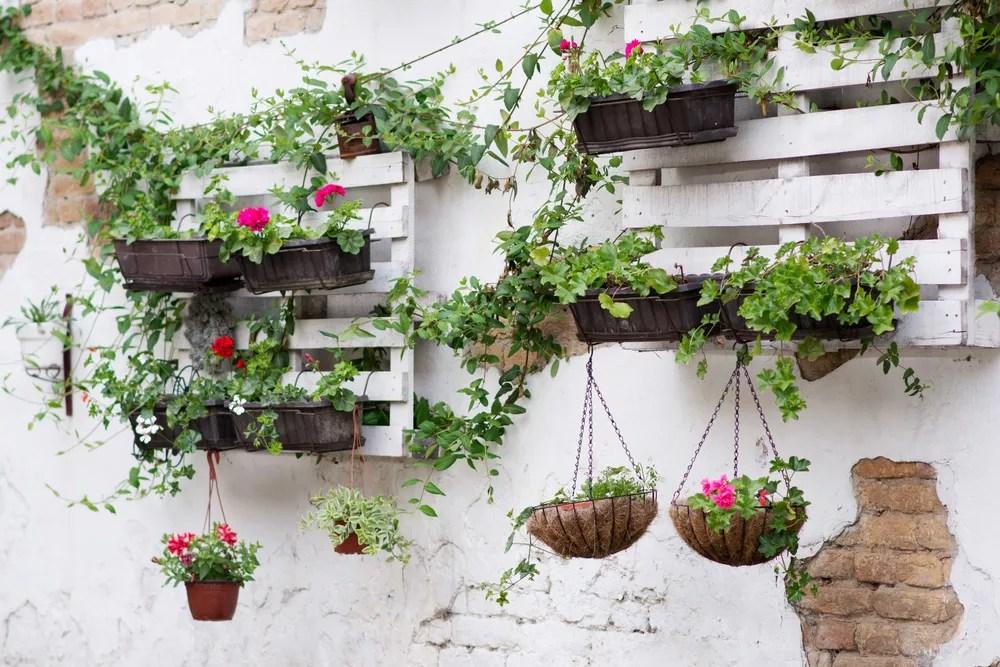23 DIY Garden Ideas To Makeover Your Backyard