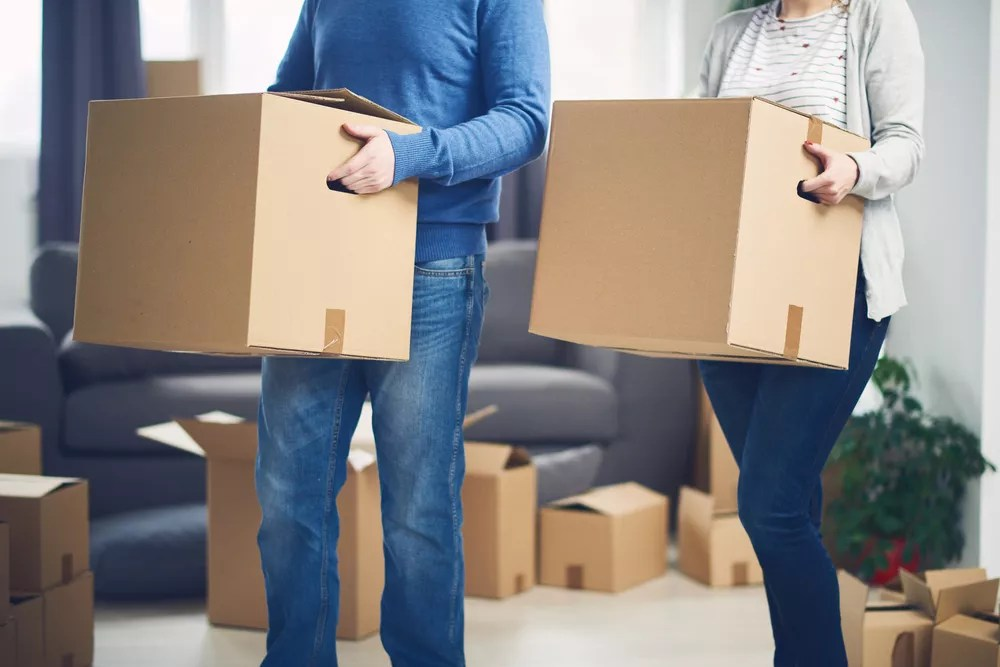 Moving Cross Country: Packing Tips for Moving Long Distance via @extraspace