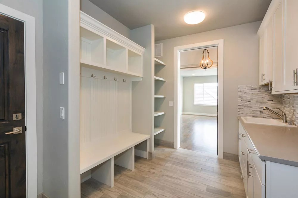 Mudroom Ideas For Storage Amp Organization Extra Space Storage