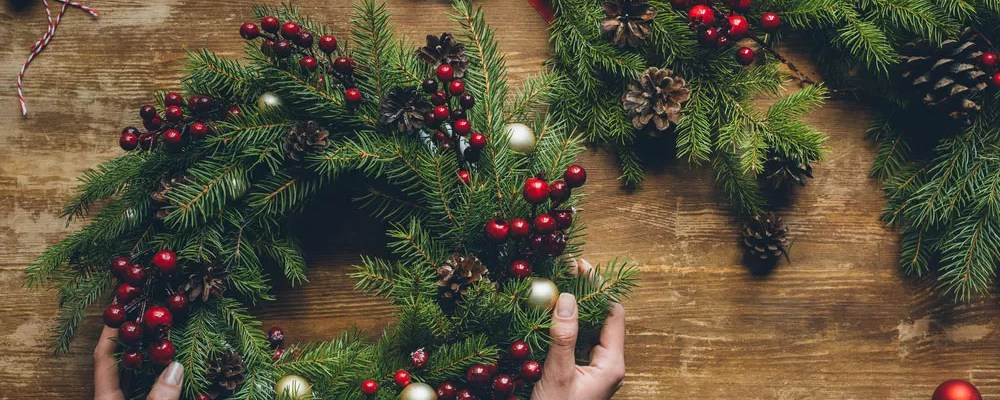 31 Diy Holiday Decoration Ideas You Ll Love Extra Space