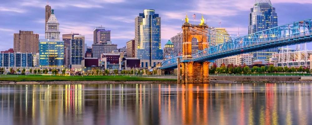 Cincinnati, OH skyline at night