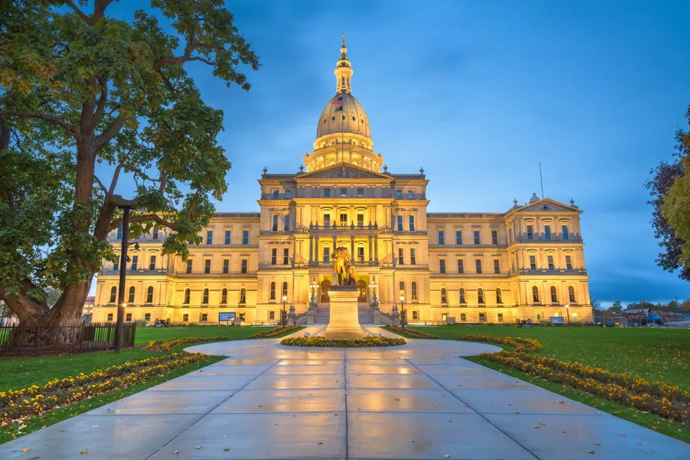 12 Things to Know About Living in Lansing via @extraspace