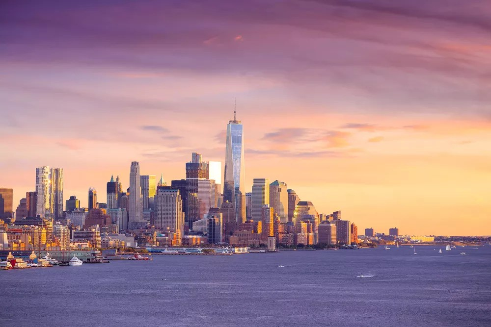 19 Things to Know About Living in New York City via @extraspace