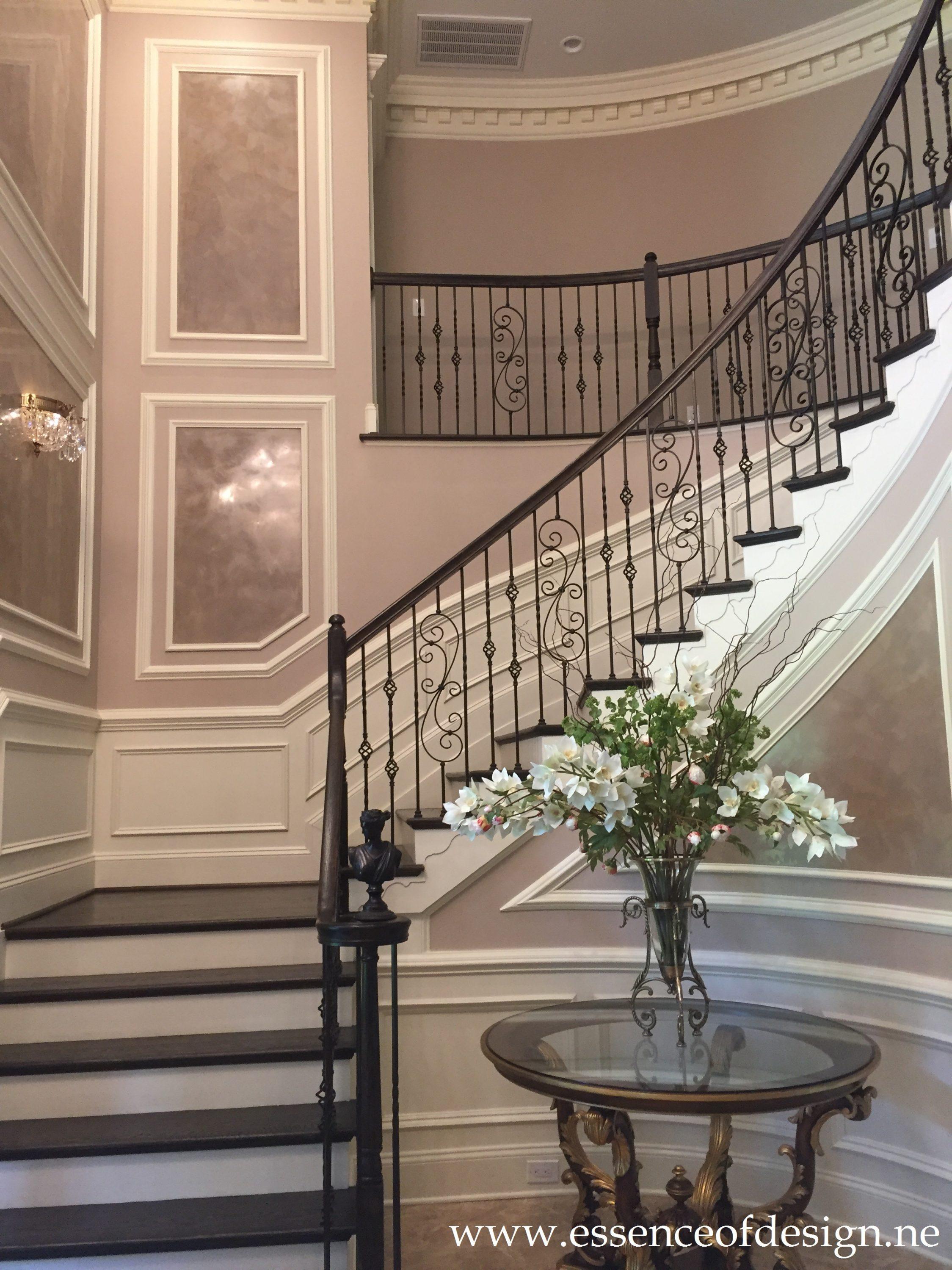 Potomac-MD-Interior-Designer-Shiva-Rostami-Foyer-Faux-finish-millwork