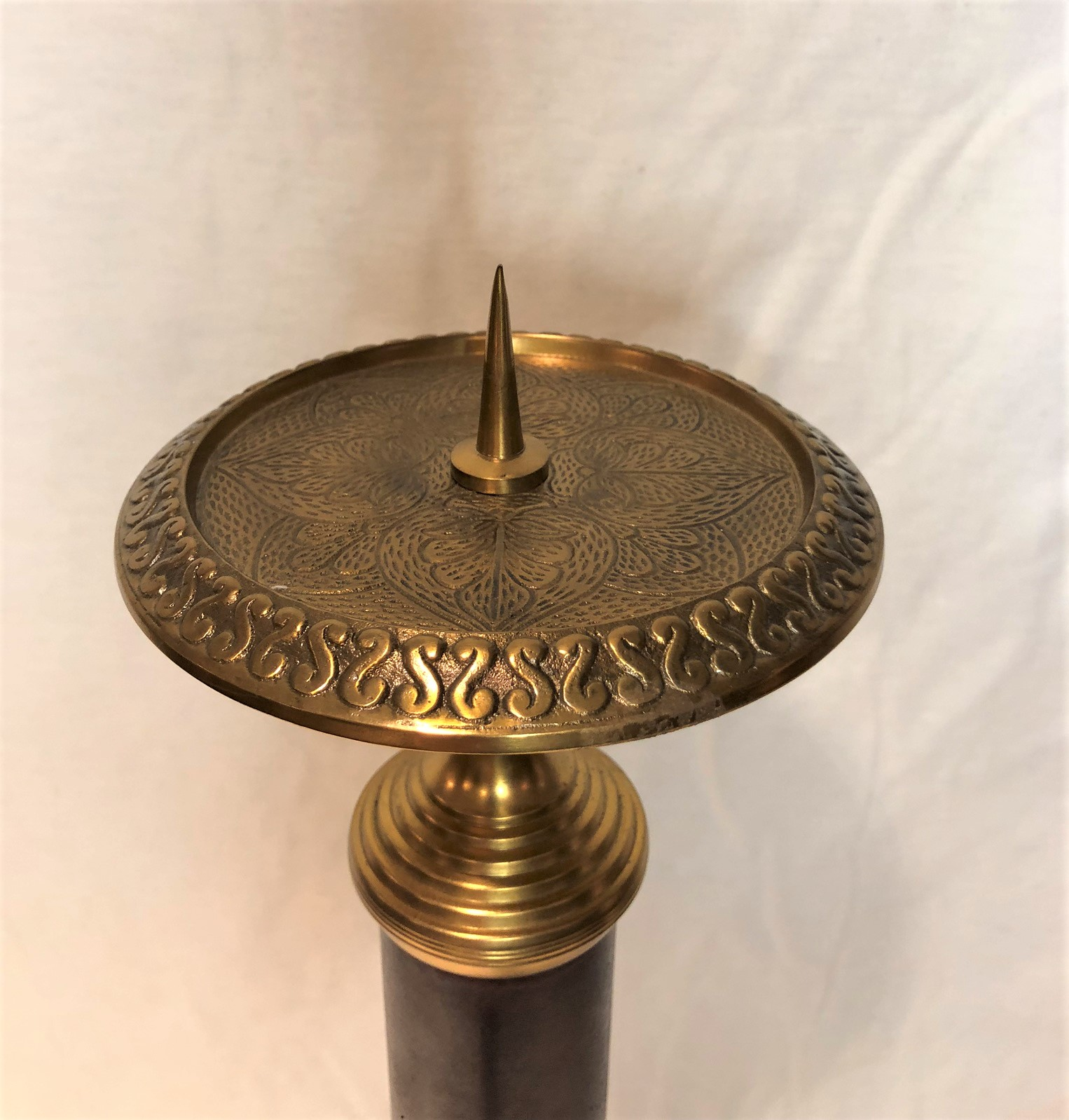 Tall Classic Metal Candlestick With Faux Burl Wood Finish And Brass Accents 6 X6 X25 H