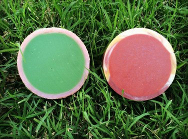 Here you can see the difference between the 2 techniques, the cut rim is much smoother