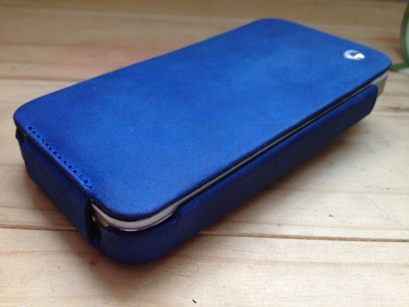 20120828 141015 Review : Noreve Exceptional Selection Leather iPhone Case
