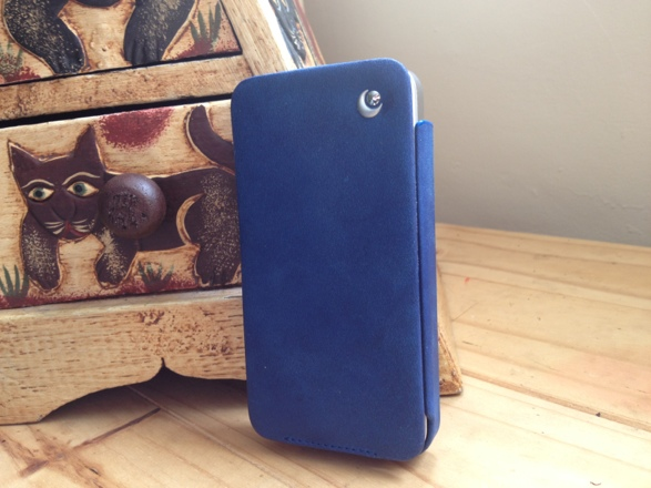 20120828 141021 Review : Noreve Exceptional Selection Leather iPhone Case