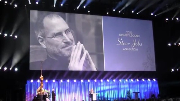 20130814 001958 Pixars John Lasseter Emotionally Accepts Disney Legends Award For Steve Jobs [Video]