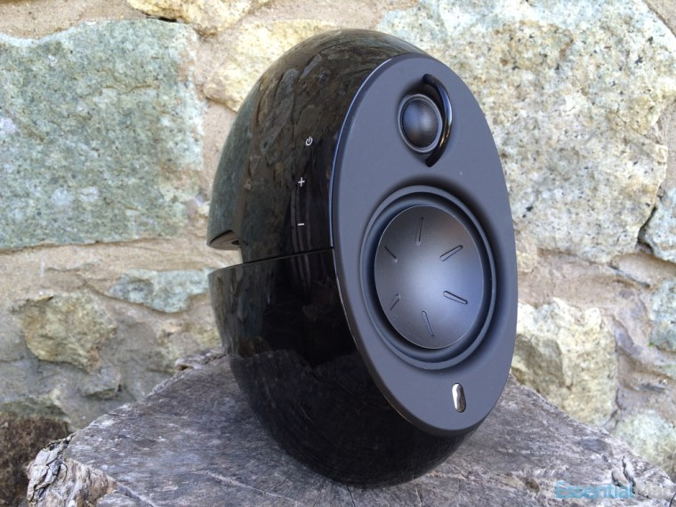Edifier Luna Eclipse Left Review: Edifier Luna Eclipse e25 Bluetooth Speakers