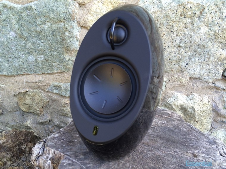 Edifier Luna Eclipse Right Review: Edifier Luna Eclipse e25 Bluetooth Speakers