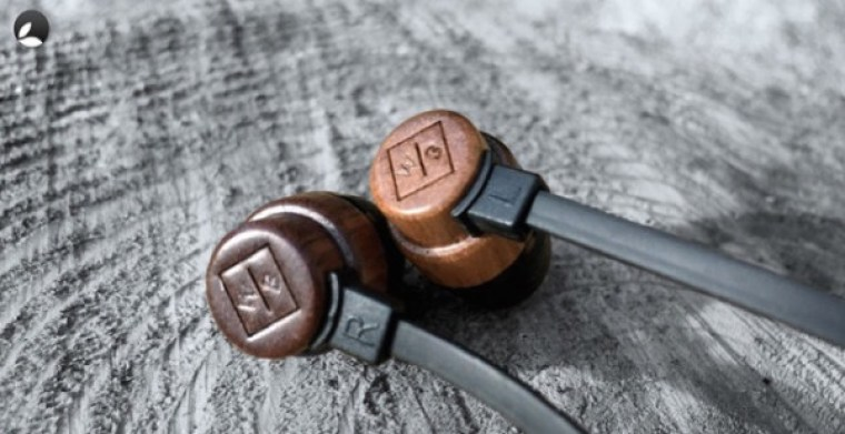 WoodBuds HeadPhones, eco friendly and pocket friendly wood earphones