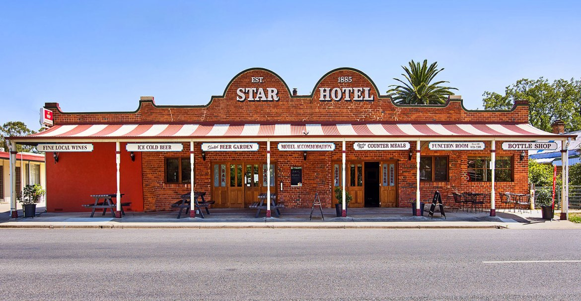 Barnawartha Star Hotel is one of Australia's truly iconic country hotels